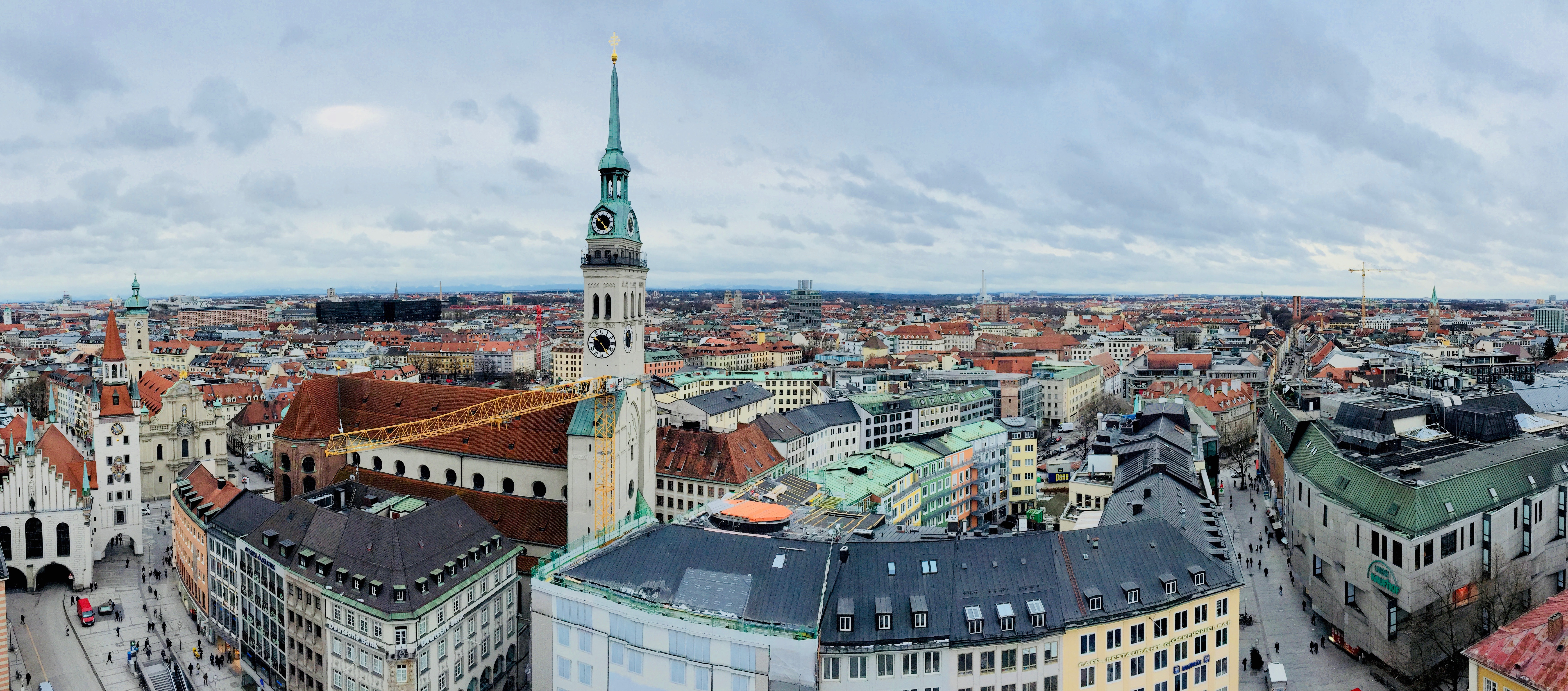 Peterkirche from the New City Hall